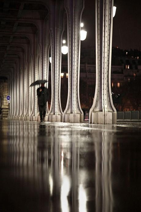 paris in the rain christophe jacrot photography. Black Bedroom Furniture Sets. Home Design Ideas